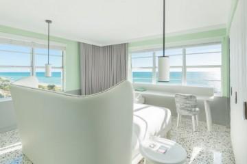 Alternative view of Metropolitan hotel room in Miami