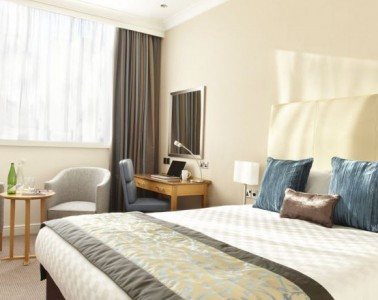 A photo of a hotel room in the Thistle Euston Hotel in London