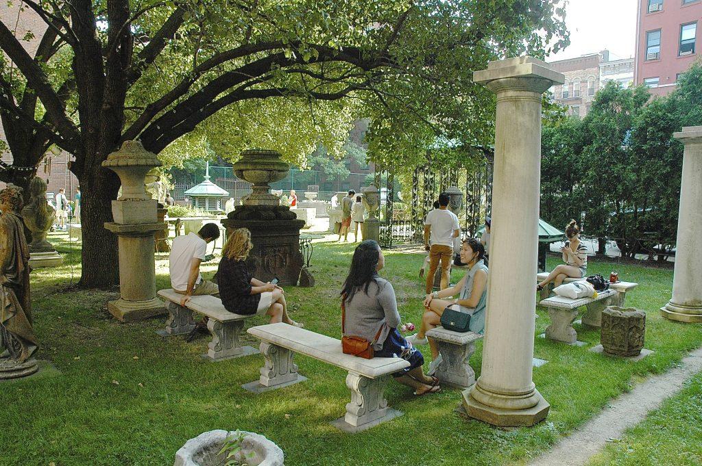 The Hidden City New York 39 S 39 Secret 39 Gardens And Parks