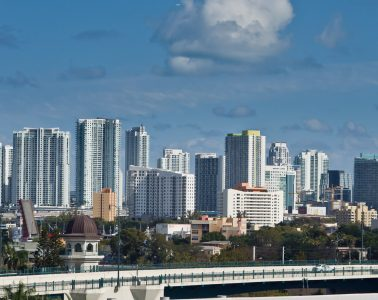 How to spend a great day in Miami? Follow our tips to enjoy beautiful Miami, Florida any way you'd like.